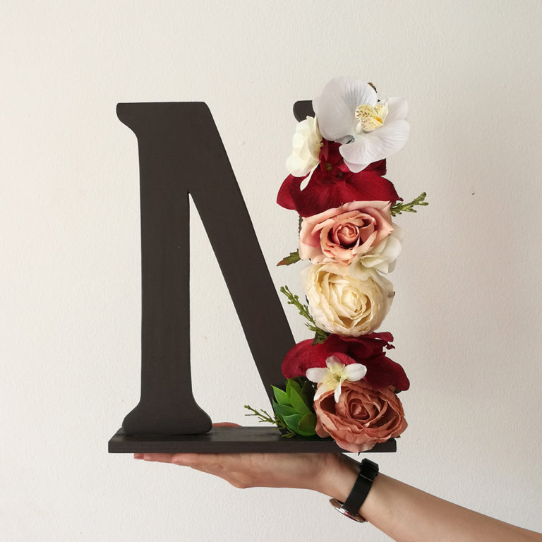 litere decorative